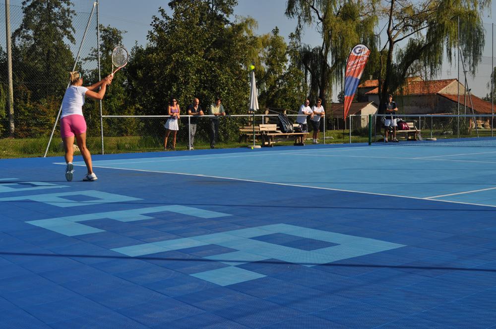 114-tennis-outdoor-2